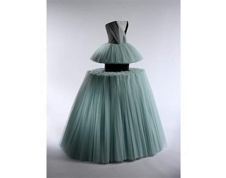 Mets Costume Institute to exhibit Masterworks: Unpacking Fashion