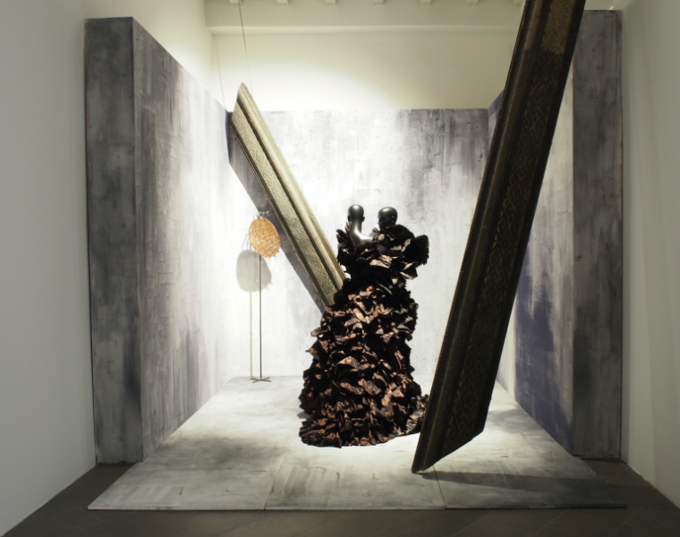 Ferré and Comte DETTAGLI. Two Great Fashion/Art Expressionists Delve Into Details