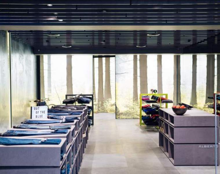 Alberto opens first retail store