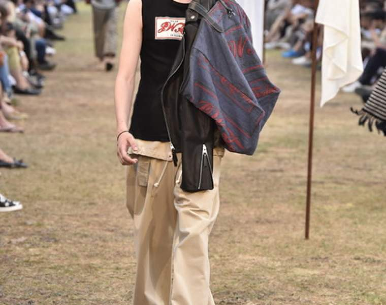 JW Anderson special guest at Pitti presents S/S 2018 mens collection